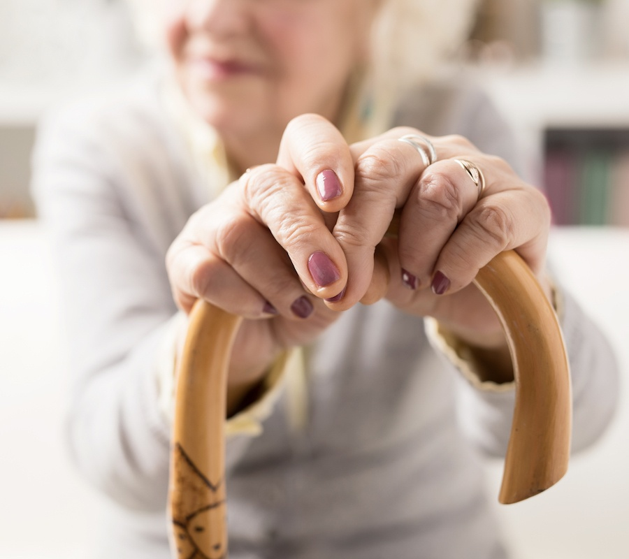 Elderly Mobility Scale (EMS): 7 Factors that Help Determine Your Loved One's Risk of Falling