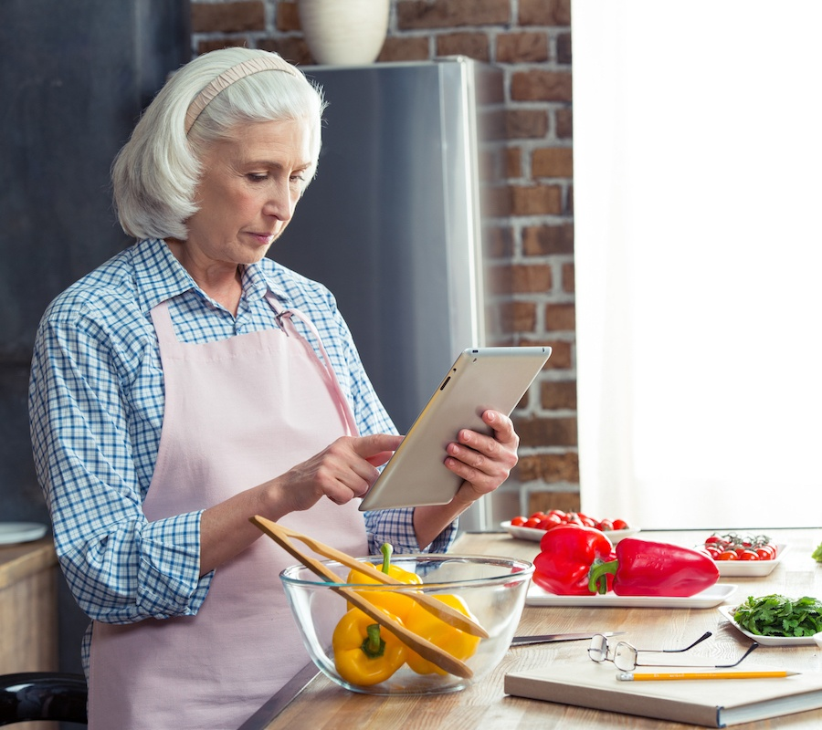 Can Meal Preparation Be Made Easier for Seniors?