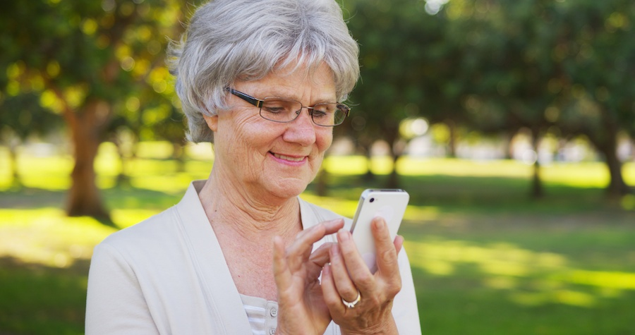 How Seniors Can Use Siri, Apple's Assistant, to Make Life Easier